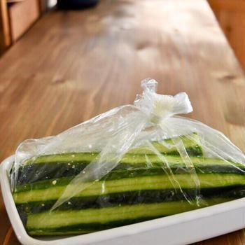 【作りおき×副菜】しましまきゅうりの1本漬け#昆布だし#浅漬け#簡単レシピ