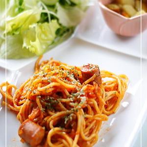 トマト味のペペロンチーノ風スパゲティ