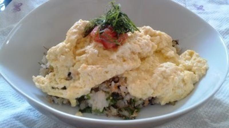 定番メニューをヘルシーにアレンジ!「豆腐入り」オムライスレシピ