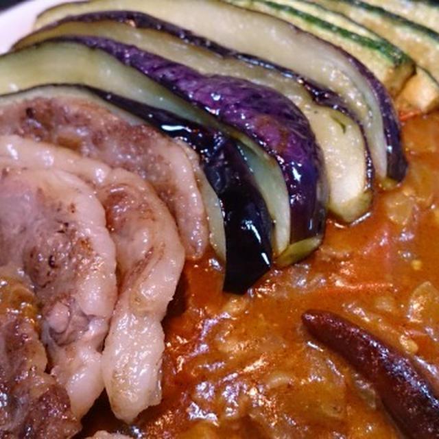 野郎飯流・茄子とズッキーニ、牛肉の夏の辛いカレー