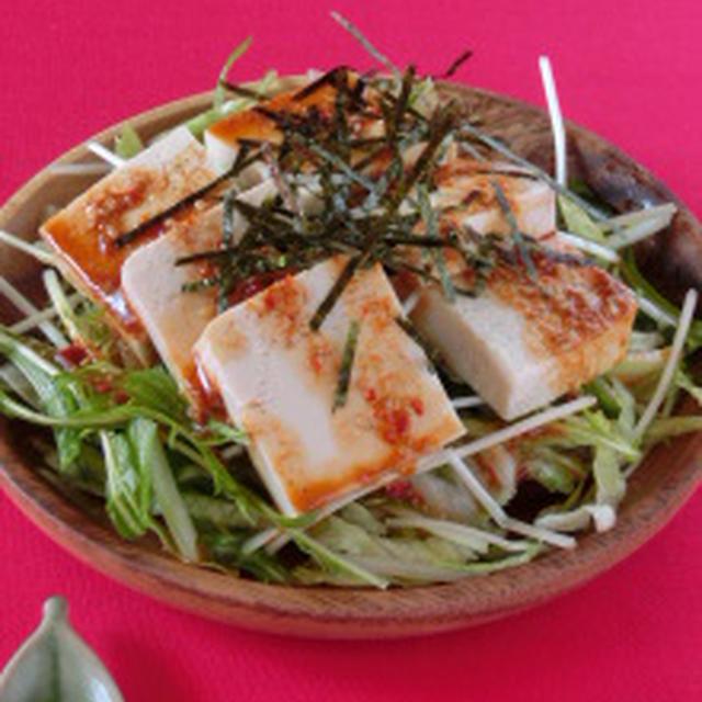 お鍋の余り物で出来ちゃう!?豆腐のピリ辛ゴマサラダ