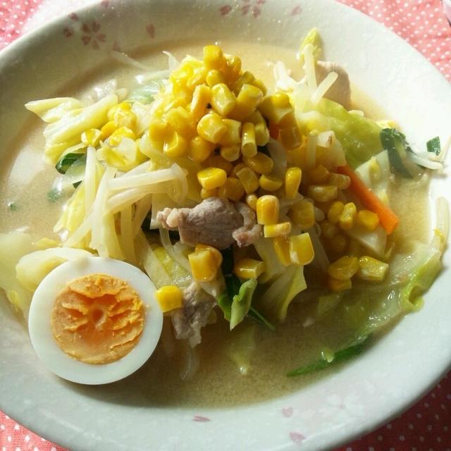 お料理レシピご紹介~おうちで簡単に♪野菜たっぷり味噌ラーメン~