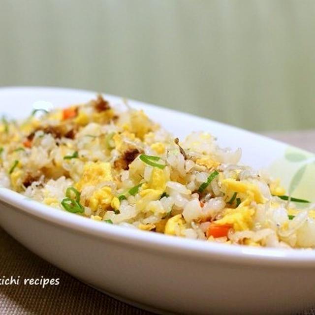 おかかとジャコのシンプル焼き飯&「青梗菜と豚肉の生姜炒め」