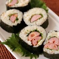 タケノコの炊き込みごはんで「ベダーウィズチェダーの巻き寿司風」