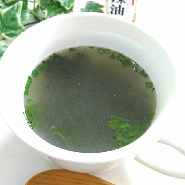 即席30秒☆わかめ&生姜の燃焼スープ/クックパッド「卵トマト」人気検索1位になりました☆