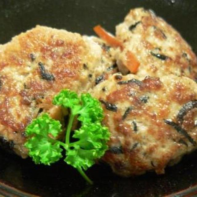 ひじきの炒り煮で『つくね』など、晩御飯3日分。