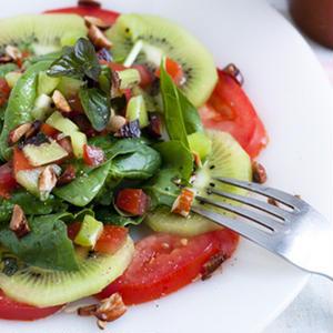 ビタミンたっぷり♪夏のお疲れ肌にうれしい「フルーツサラダ」