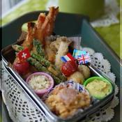 海老と野菜のフライ しそ梅タルタル&カレーチーズクリームソース