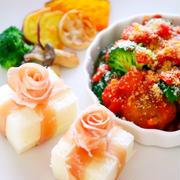 【クリスマス料理】ミートボールとブロッコリーのトマト煮と食パンをプレゼントにアレンジ