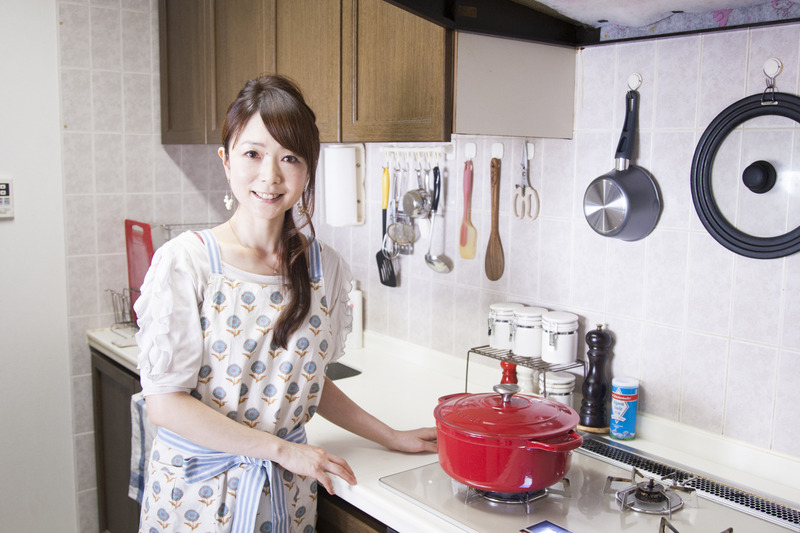 キッチン&ダイニングを広く見せるには?~稲垣飛鳥さんの「世界一楽しいわたしの台所」