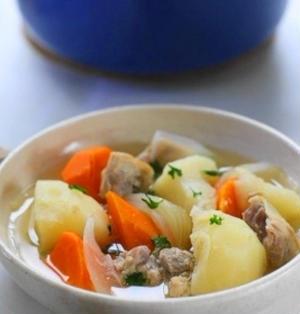 鶏肉と常備野菜の塩麹ポトフ