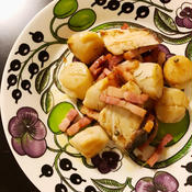 ホタテとベーコンとブリのローズマリーグリーンペッパー炒め