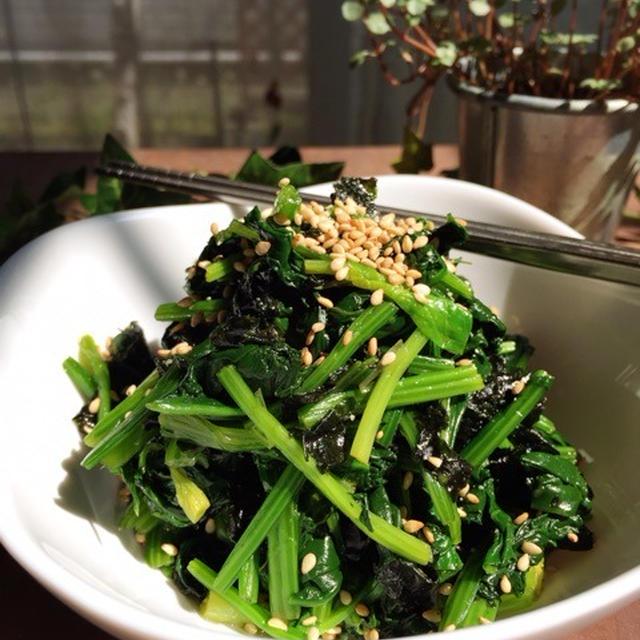 韓国海苔を活用!ほうれん草と海苔のサラダ