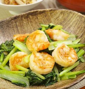 海老と小松菜のにんにく塩炒め&鶏ごぼうの炊き込み御飯などで和食晩ごはん。