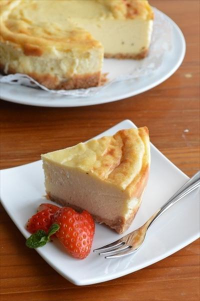 濃厚チーズケーキのレシピ10選|ケーキのレシピ本3選