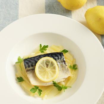 【お気に入りレシピ】塩さばとセロリとレモンの白ワイン煮