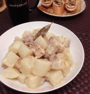 豚バラ肉と大根のクリーム煮。