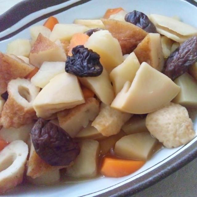 タケノコと野菜の煮物
