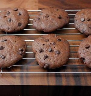 レンジで2分簡単!激ウマさくさくチョコチップクッキー