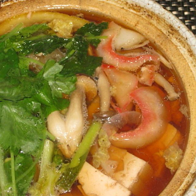 鯨ベーコンと豆腐の小鍋