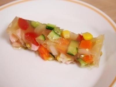 >夏にぴったり♪簡単「夏野菜のゼリーよせ」 by クーピーさん