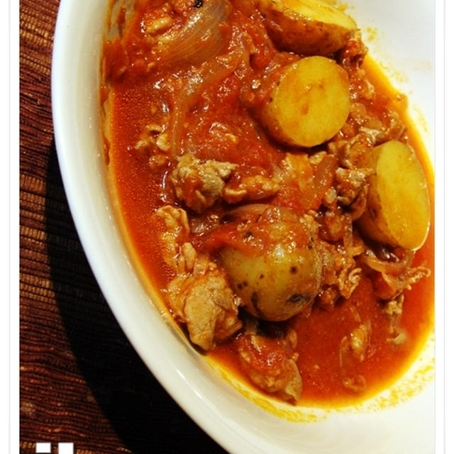 豚とじゃがいものトマト煮込み