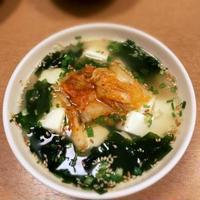 キムチ豆腐入りわかめスープ