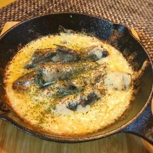 おつまみからお食事まで!オイルサーディン×チーズのアイデアレシピ