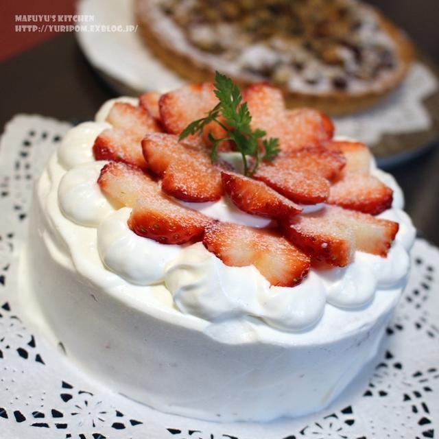 おかしな生活 ~ 苺のショートケーキ(ココアスポンジレシピ)