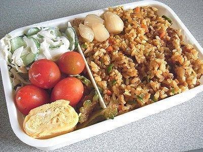 カレー炒飯と夏野菜で念願のラタトゥイユ。だしの作り方