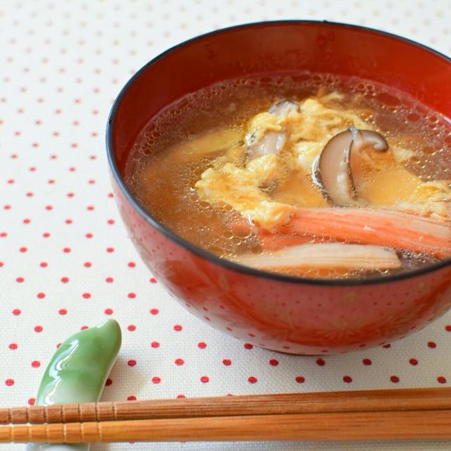 寒い季節に大活躍!醤油の卵スープのレシピ