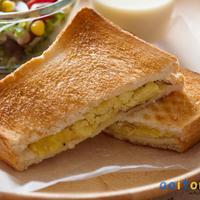 コンテチーズinさつまいものサンドイッチ