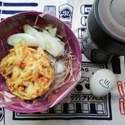 干し茸とかき揚げの蕎麦弁当