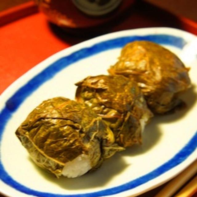 自家製高菜漬けでめはり寿司と自家製味噌の味噌汁で浮腫み解消……