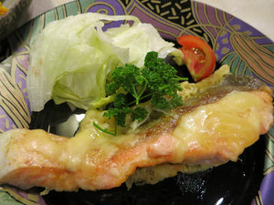 生鮭のチーズソテー