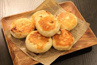 発酵なし!!フライパンでハムチーズパンを作ろう!!