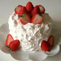 「よろこばレシピ」にレシピ投稿しました★【4号サイズ】苺のデコレーションケーキ♪