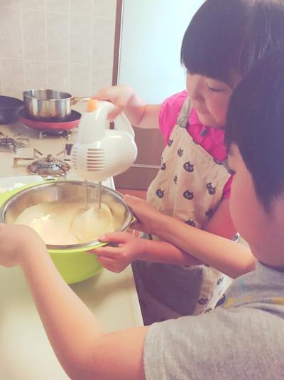 子どもとロールケーキ作り(堂島ロール風)