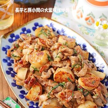 大葉が爽やか♪さくさく長芋と豚小間の大葉にんにく味噌炒め♪