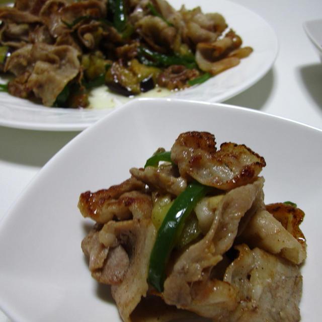 夏野菜と豚肉のガーリック醤油炒め