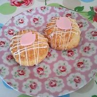 桜とホワイトチョコのスコーン