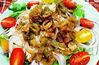 ザーサイドレッシングのジューシー胸肉サラダ