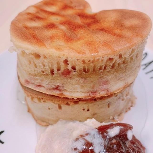【ダイエットおやつ】低カロリー☆もちもちピンクのパンケーキ