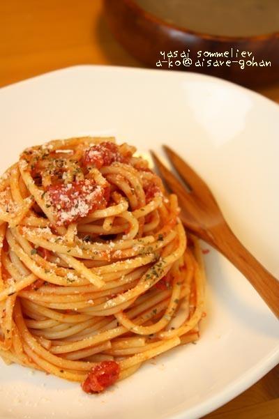 「簡単☆トマトとケチャップの炒めパスタ」