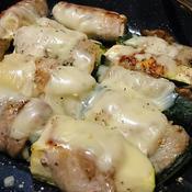 肉巻きズッキーニのスパイシーチーズ焼き