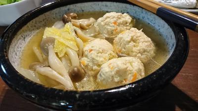 〈ヤマキだし部〉白菜きのこと鶏だんごのあったかスープ♪