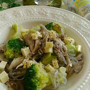 《レシピ有》話題のスパイスハウス香りソルトで☆ヘルシーしらたきの美肌サラダ、食事の記録9/24。