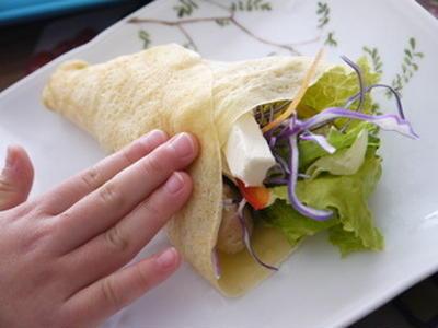 ランチにお野菜たっぷり豆乳クレープ♪