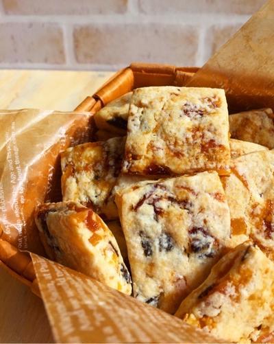 砂糖・バター・卵不使用!美容に嬉しいたっぷりドライフルーツのクッキー