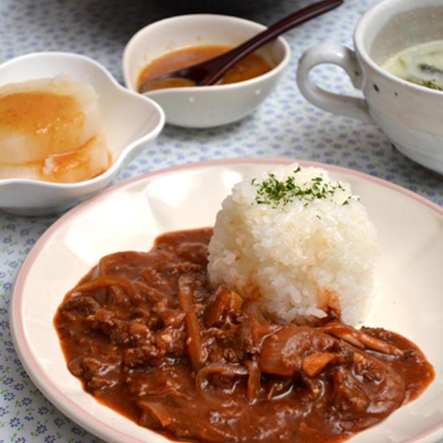 プルコギビーフハヤシライス。塩炊き大根と酢味噌アレンジの晩ご飯。